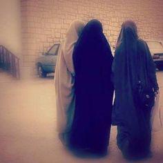 muslima girls Arab Girls Hijab, Girl Hijab, Muslim Girls, Niqab Fashion, Modest Fashion, Besties, Bff, Hijab Niqab, Islamic Fashion
