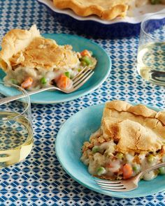Chickless Pot Pie Recipe from Trisha Yearwood & Food Network Favorites - tried this tonight and my meat lovin' hubby didn't realize what was missing!!