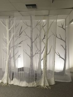 Ghost forest, a nuno felt installation by patti barker 2016 Conception Scénique, Stage Set Design, Weaving Textiles, Scenic Design, Nuno Felting, Felt Art, Installation Art, Textile Art, Diy Design