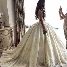 55 Breathtaking Disney Princess Wedding Dress to Fullfill your Wedding Fantasy - VIs-Wed Princess Wedding Dresses, Dream Wedding Dresses, Bridal Dresses, Wedding Ball Gowns, Ballgown Wedding Dress, Ballroom Wedding Dresses, Ballroom Gowns, Weeding Dress, Pretty Dresses
