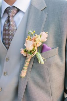 To see more chic details about this California wedding: http://www.modwedding.com/2014/11/12/sweet-california-wedding-sara-lucero-photography/ #wedding #weddings #boutonniere