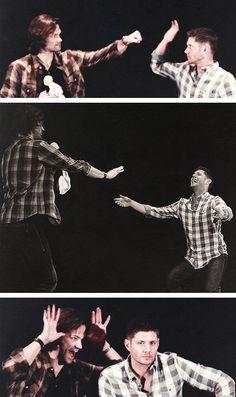Supernatural - Jared Padalecki and Jensen Ackles at conventions