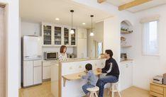 描いた夢が叶っていく。自然素材の優しさに包まれた建築実例をご紹介。他にも多くの建築事例をテーマ・デザインで絞り込み、ご覧いただけます。自然素材にこだわった「自由設計」、オンリーワンの「注文住宅」を提案するアルネットホーム。