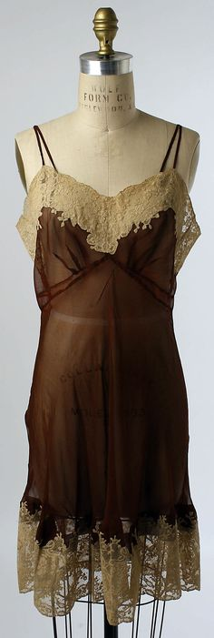 Slip, 1940's This would be gorgeous tailored under the arms and lined --so in right now