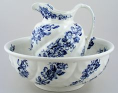 Large ewer and bowl in this gorgeous floral pattern, both pieces having ornate moulded detail to their bodies and the bowl has pattern both inside and outside. The ewer has gorgeous floral pattern inside the spout and along the line of the handle.