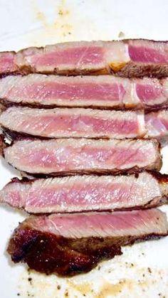 元ハンバーグ職人直伝!牛ステーキの焼き方 by しるびー1978 【クックパッド】 簡単おいしいみんなのレシピが320万品 Tuna, Steak, Fish, Recipes, Recipies, Ripped Recipes, Atlantic Bluefin Tuna, Steaks, Recipe