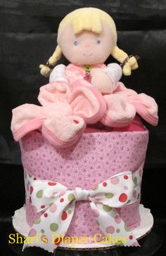 Pretty in Pink Doll 1-Tier Diaper Cake - Baby Gift - love how she has made flowers from the wash cloths
