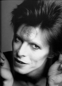 David Bowie - 1973 Photographer: Masayoshi Sukita