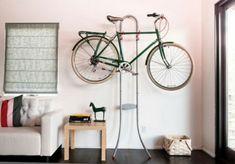 wohnzimmer fahrrad wandhalterung design originell