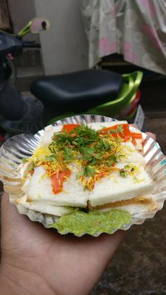 Sandwich Indian Street Food, Evening Snacks, Naan, Avocado Toast, Indian Food Recipes, Sandwiches, Dishes, Breakfast, Instagram Story