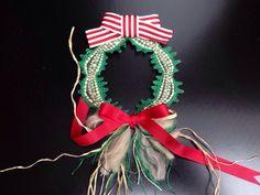 ヴエネツ展2015。masyaminさんの作品。ちいさな可愛いリボンは縫ってあとからつけてあります。クリスマスらしいステキな作品ですね。020/20151119