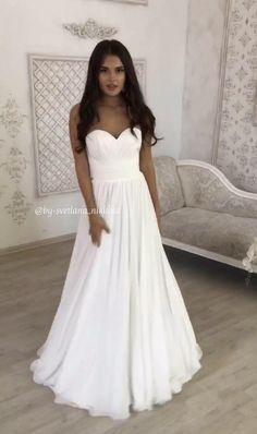 Evening Dresses For Weddings, Wedding Dresses Plus Size, Best Wedding Dresses, Bridal Dresses, Lace Weddings, Strapless Wedding Dresses, Different Color Wedding Dresses, White Beach Wedding Dresses, Backyard Wedding Dresses