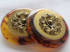 Vintage  Buttons -2 extra large matching tortoiseshell with metal filigree design  (lot no dec 507) by pillowtalkswf on Etsy
