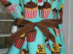 Great Cupcake Curtains