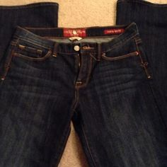 Lucky Brand Sofia boot jeans Lucky Brand Sofia boot jeans . Great stitching and super soft. Like new . Lucky Brand Jeans