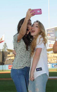 sabrina-carpenter-and-rowan-blanchard-dodgers-game-in-los-angeles-june-2014