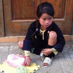 "@suzettemonamour's photo: ""Llegada a Sapa #niña #precious #child #northvietnam #sapa #vietnam #summer #holidays #asia #trip #thisisvietnam"""