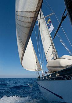 Sailing boat | Flickr