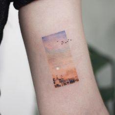 10 Minimalist Tattoo Designs For Your First Tattoo - Spat Starctic Mini Tattoos, Small Tattoos, Cool Tattoos, Tatoos, Awesome Tattoos, Pretty Tattoos, Tatuajes Tattoos, Art Tattoos, Tattoo Quotes
