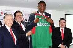 Bill Cartwright, nuevo entrenador de la selección mexicana de basquetbol