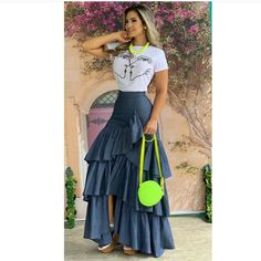 Image may contain: one or more people and people standing Blue Skirt Outfits, Dressy Outfits, Chic Outfits, Casual Dresses, Fashion Outfits, Fashion Boots, Denim Fashion, Look Fashion, Fashion Design