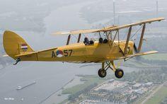 KLu Historische Vlucht :: DH 82A 'Tiger moth' Tiger Moth, Stay Weird, Air Show, Military Aircraft, Diorama, Airplane, Netherlands, Air Force, Fighter Jets
