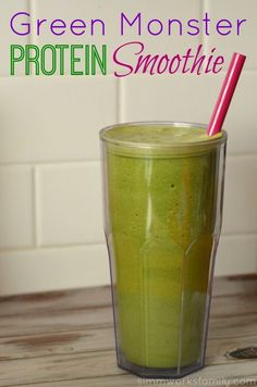 Green Monster Protein Smoothie  - the perfect pre-workout breakfast and only 6 WW+!