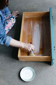 DIY Waverly Fabric Drawer Lining How-To