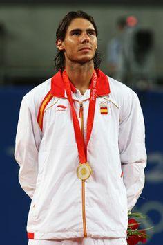 Pekin 2008. Taktelezko txandala!  La verdad de las fotos del uniforme del equipo olimpico espanol