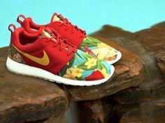 Nike Roshe- been trying to find these