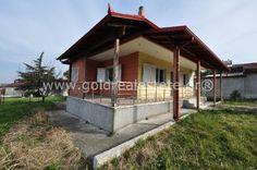Μονοκατοικία προς πώληση Κατερίνη, € 74.900, 90 τ.μ. Cabin, House Styles, Home Decor, Decoration Home, Room Decor, Cabins, Cottage, Home Interior Design, Wooden Houses