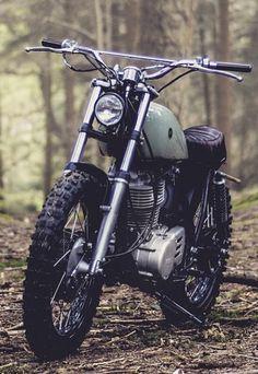 Honda Scrambler, Xt 600 Scrambler, Cafe Racer Honda, Cafe Racer Bikes, Cafe Racer Motorcycle, Motorcycle Design, Bike Design, Women Motorcycle, Yamaha