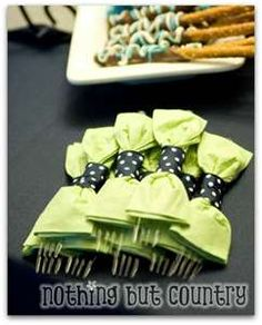 napkin bowties in navy blue and yellow