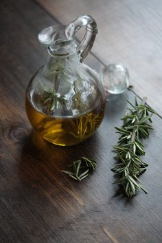 How to Infuse Olive Oil fir Flavored EVOO. Great for holiday gifts (or a gift basket of assorted infused EVOO). Can use fancy bottles from specialtybottle.com