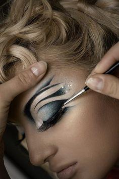 Elena Onufrychuk Makeup Artist | #fantasy | Avant garde #Makeup | #creative