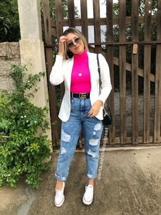 Spring Outfits, Trendy Outfits, Cute Outfits, Blazer Off White, Look Blazer, Blazers, Sport Casual, Dress To Impress, Mom Jeans