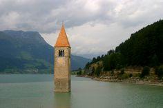 Reschensee/Lago di Resia Südtirol Italy