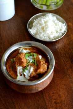 Murgh Korma   http://spiceinthecity.wordpress.com/2013/03/30/moghal-mania-murgh-korma-chicken-braised-in-a-rich-yogurt-and-almond-sauce/