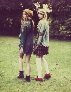 hiddenintheroses:    I absolutely love their style.