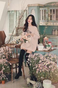 Korean Fashion – How to Dress up Korean Style Korean Fashion Dress, Kpop Fashion Outfits, Korean Street Fashion, Ulzzang Fashion, Korean Outfits, Japanese Fashion, Asian Fashion, Girl Outfits, Kawaii Fashion