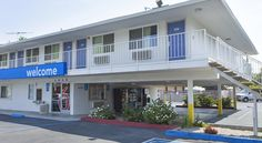 Motel 6 Sacramento Downtown Sacramento This hotel is located 2.5 miles from downtown Sacramento and is within a 22-minute drive of the Sacramento International Airport. The hotel features an outdoor pool.  Motel 6 Sacramento Downtown rooms include air conditioning.