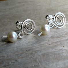 Pearl dangle sterling silver wire spiral stud by AdroitJewelers, $38.00 #jewelryonetsy #jetteam