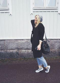 Nike sneakers - lainahöyhenissä | Lily.fi