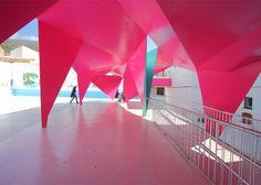 Julio Barreno Gutiérrez creates a folded-steel shelter for a school playground.