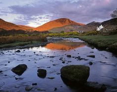 The Last Kiss : Lochranza, Arran, Scotland : Photography of Ian Cameron Scotland Travel, Scotland Trip, Wonderful Places, Beautiful Places, Uk Culture, Scottish Mountains, Isle Of Arran, European Holidays, Scottish Highlands