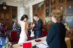 Wedding and Portrait Photographer in Switzerland, Hochzeitsfotograf Schweiz Alabaster Skin, Seashell Wedding, Ceremony Decorations, Wedding Vows, Destination Wedding Photographer, Newlyweds, Portrait Photographers, Beautiful Dresses, Marriage