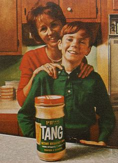 TANG ORANGE DRINK vintage advertisement by Christian Montone Winnipegers may remember drinking vodka and Tang at socials! Retro Ads, Vintage Advertisements, Vintage Ads, Vintage Food, Vintage Stuff, Advertising Ideas, Advertising Poster, My Childhood Memories, Great Memories