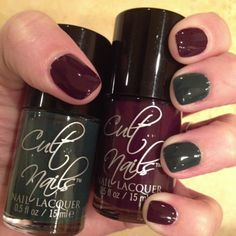 the stylish housewife - fall mani w/ @Cult Nails polish, Xmas color?