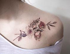 Delicate-Nature-Inspired-Tattoos-by-Hongdam-14-520x400.jpg (520×400)