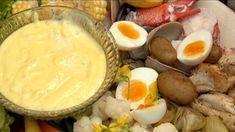 Aïoli - di Stasio - Cette trempette accompagne à merveille des crudités : cœurs de céleri, tomates, fenouil, radis, chou-rave, carottes, poivrons, etc. On l'aime également avec des légumes cuits, comme le chou-fleur ou les artichauts. Pour un repas complet, osez utiliser l'aïoli comme accompagnement pour des œufs cuits dur, des ailes de poulet, des pinces de homard et des palourdes pochées. Un délice!